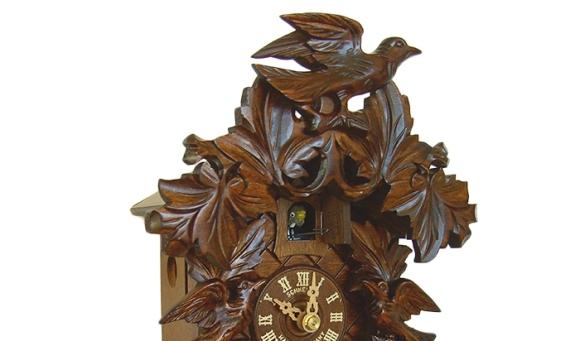 Картинка от някъде си. Не открих никъде снимка на часовник, подобен на този, който някога имахме.